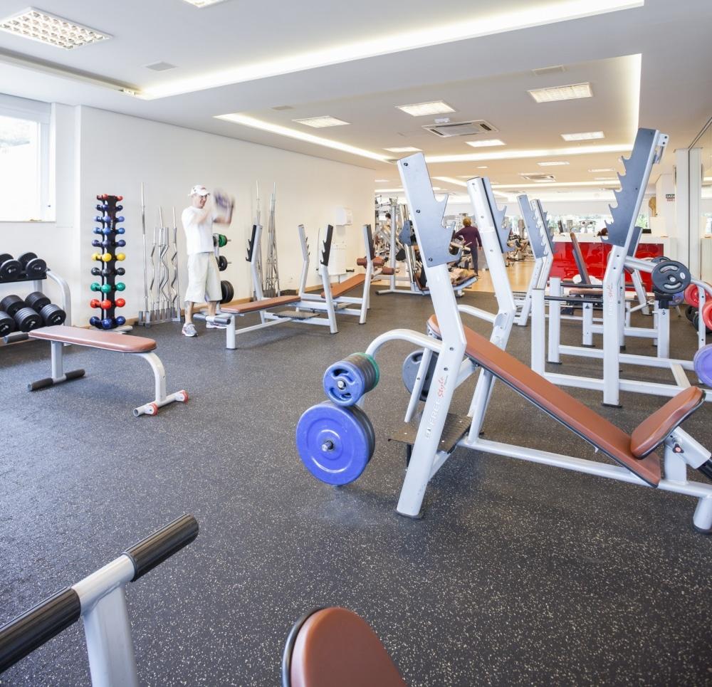 pisos para academia